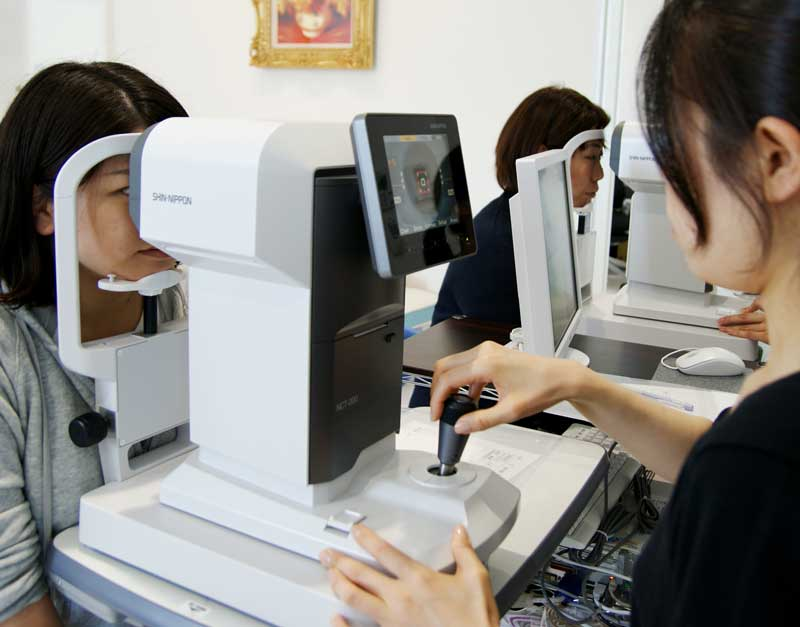 非接触式眼圧計
